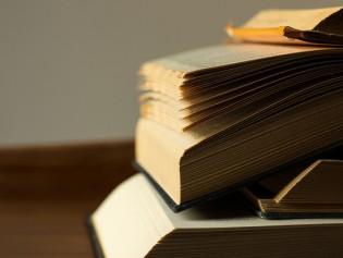 Explore New and Used Books at Ukazoo Books