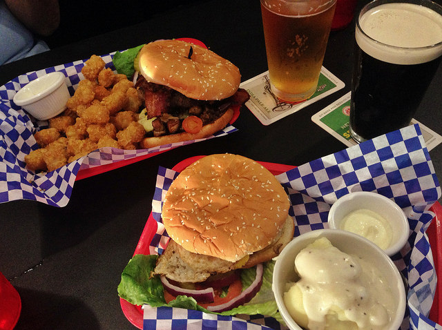 """World of Beer: Beermosas and Beer-Batter Pancakes Await at Sunday """"Beerunch"""""""