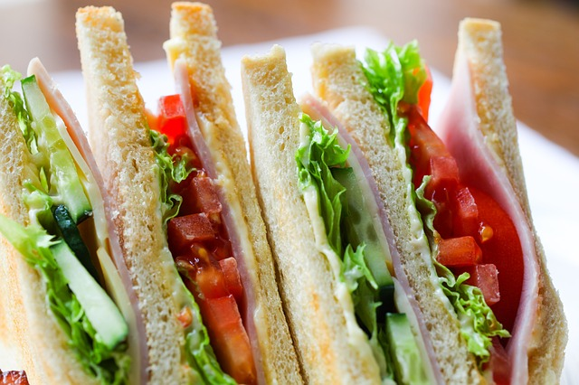 Healthy Sandwiches, Salads and Juices Await at Zia's Cafe