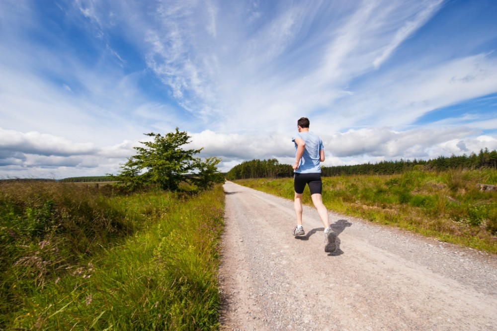 How to Safely Exercise Outdoors During a Heat Wave